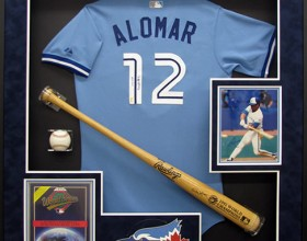 ALOMAR SIGNED<br/>BAT AND JERSEY